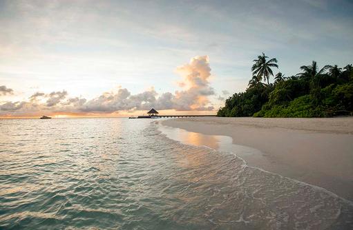 Malediventraum, Sonnenuntergang, Outrigger Konotta Maldives Resort