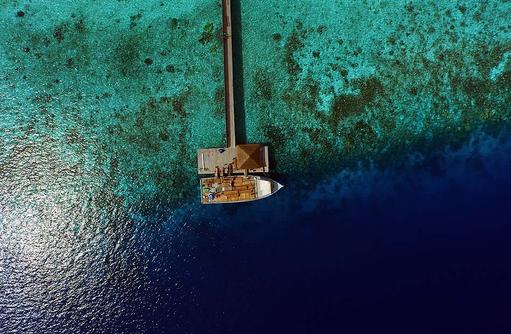 Vogelperspektive, Ankunftssteg, Outrigger Konotta Maldives Resort