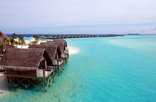 Behandlungsräume auf dem Wasser, Spabereich, OZEN by Atmosphere at Maadhoo, Maldives