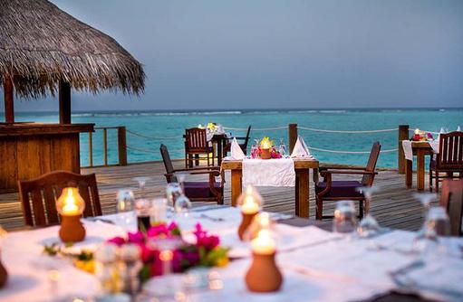 Romantisches Dinner im Restaurant I Palm Beach Island