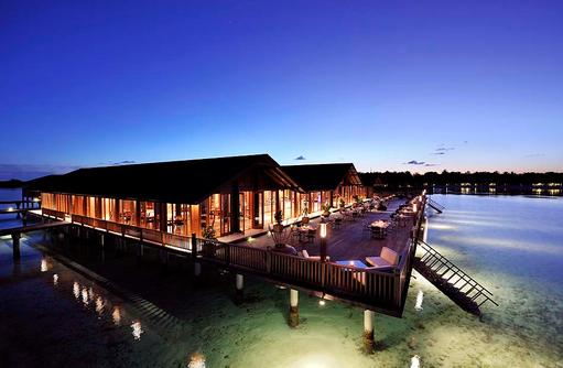 Lagoon Restaurant, Restaurant auf Stelzen, Paradise Island Resort & Spa, Maldives