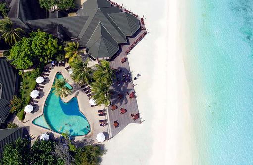 Blick von oben auf Swimming Pool, Paradise Island Resort & Spa, Maldives