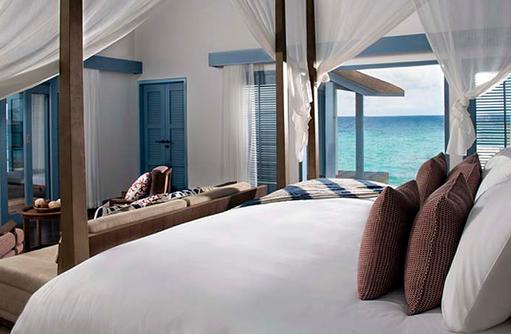 Bett, Overwater Villa, Raffles Maldives Meradhoo
