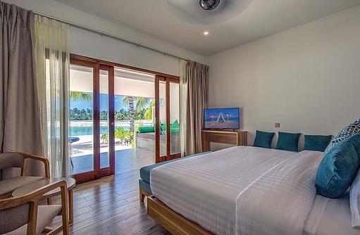 Lake View Villa,  Rahaa Resort