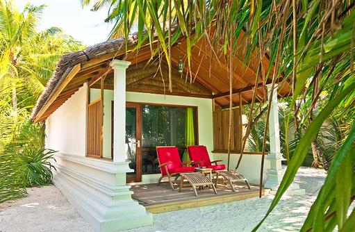 Deluxe Villa von aussen, Reethi Beach Resort, Malediven