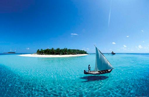 Dhoni vor der Insel, Reethi Beach Resort, Malediven