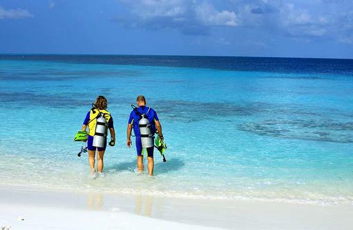 Tauchgang am Hausriff, Reethi Beach Resort, Malediven