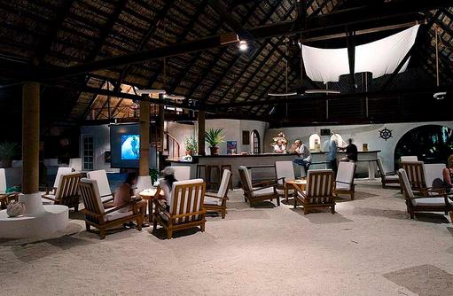 Bar, Rihiveli The Dream Resort