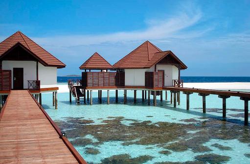 Lagoonvillen, Aussenansicht I ROBINSON Club Maldives