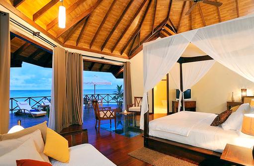 Präsidentensuite, Schlafzimmer mit Meerblick I ROBINSON Club Maldives