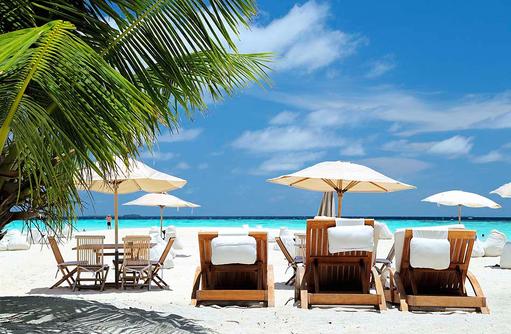 Sitzsäcke am Strand der Sunddowner BarTiwigo74