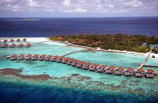 Wasservillen von oben I ROBINSON Club Maldives