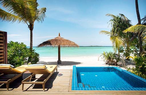 Strandbungalow mit Pool, ROBINSON Club Noonu, Maldives