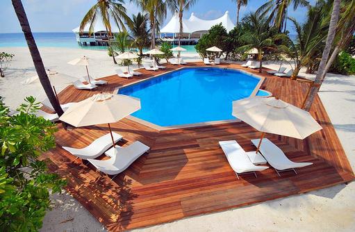 Swimmingpool, Safari Island Resort, Maldives