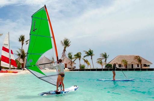 Windsurfen, Safari Island Resort, Maldives