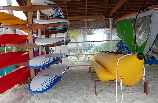 Wassersportequipment, Safari Island Resort, Maldives