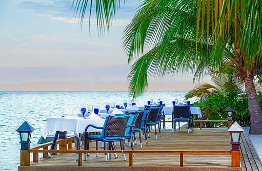 Sea Salt Restaurant, Terrasse, Seafood, Sheraton Full Moon Resort & SPA, Malediven