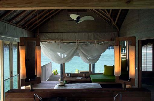Water Villa, Traumblick vom Bett, Six Senses Laamu, Malediven