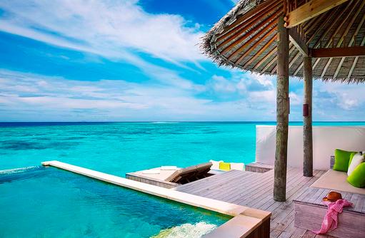 Laamu Water Villa with Pool, Sonnendeck, Infinity Pool, Six Senses Laamu, Malediven