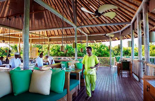 Restaurant Leaf, Service, Live Cooking, Six Senses Laamu, Malediven