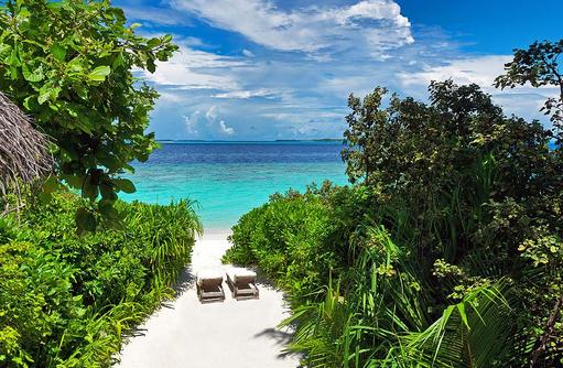 Strandzugang einer Crusoe Villa, Soneva Fushi, Maledives