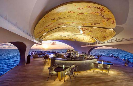 The Whale Bar, Fisch und Meeresfrüchte I The St. Regis Vommuli