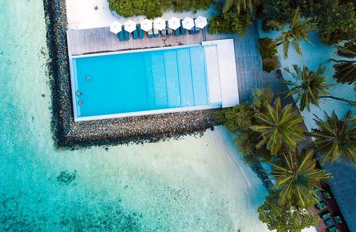 Pool Luftaufnahme, Summer Island Maldives