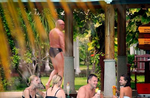 Pool Bar, Sun Island Resort & SPA, Maldives