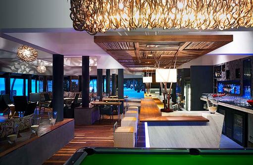 Reef Bar, Taj Coral Reef Resort & Spa