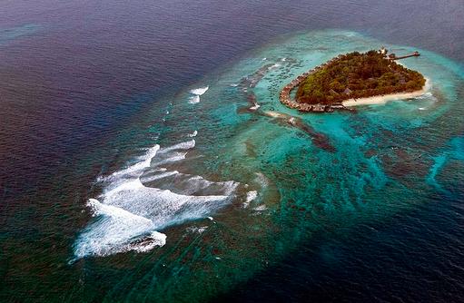 Insel, Taj Coral Reef Resort & Spa