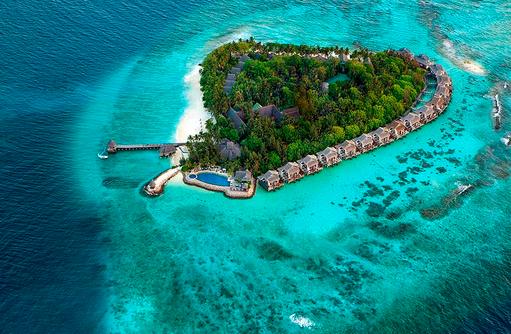 Die Insel, Taj Coral Reef Resort & Spa