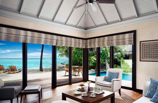 One Bedroom Beach Villa mit Pool, Schlafzimmer I Taj Exotica Maldives Resort & SPA