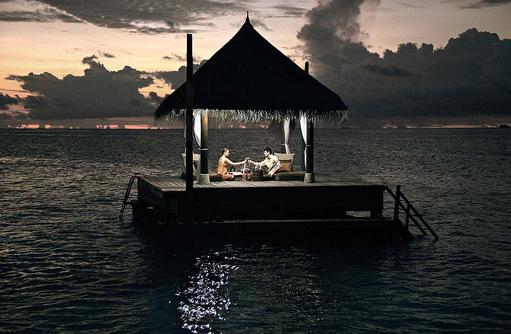 Dinner am Hochzeitspavilion, Unique Dining, Heiraten auf den Malediven I Taj Exotica Maldives Resort & SPA