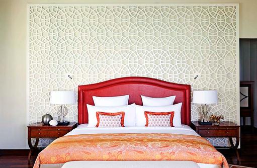 The Rehendi Presidential Suite, Hauptschlafzimmer, Bett I Taj Exotica Maldives Resort & SPA