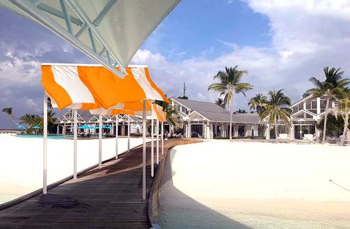 Ankunftssteg | The Standard, Huruvalhi Maldives