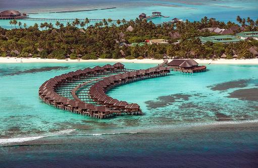 Ansicht auf die Wasservillen, The Sun Siyam Iru Fushi, Maldives