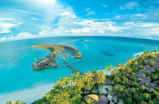 Blick auf die Wasservillen, The Sun Siyam Iru Fushi, Maldives