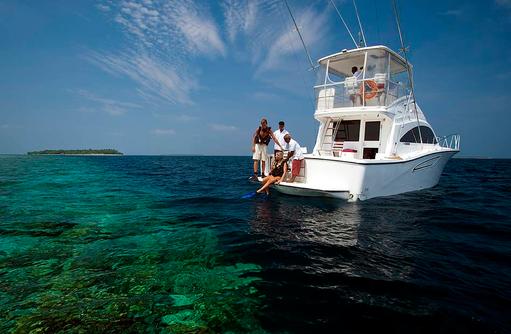 Scuba Diving Boot, The Sun Siyam Iru Fushi, Maldives