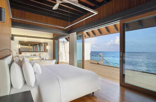 Wohnen Over Water Villa Pool, The Westin Maldives Miriandhoo Resort