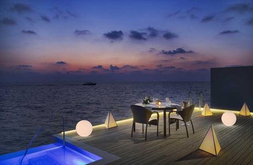 Invilla Dining, The Westin Maldives Miriandhoo Resort