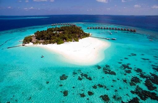 Blick auf Thulhagiri Island Resort, Maldives