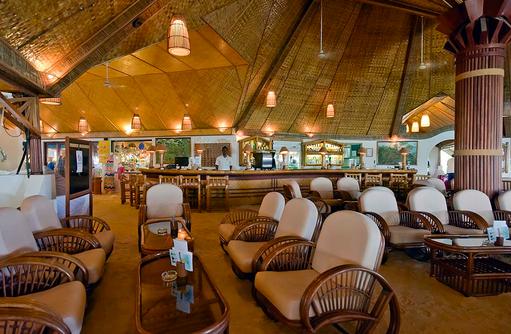 Hauptbar, Thulhagiri Island Resort, Maldives