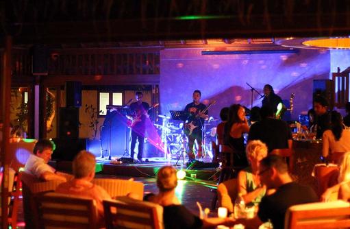 Abendunterhaltung,Vakarufalhi Island Resort, Maldives