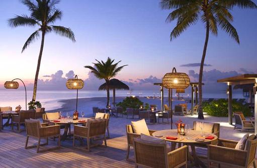 Beachside Dining, Vakkaru Maldives