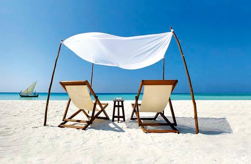 Liegen am Strand, Velassaru Maldives