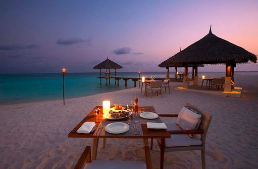 Dinner am Strand, Velassaru Maldives