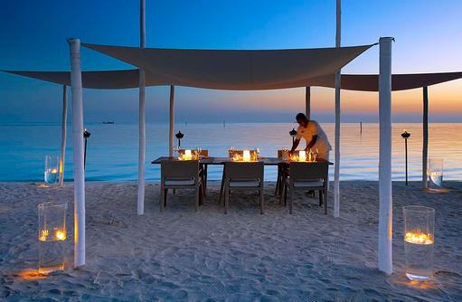 Barbecue Dinner am Strand, Velassaru Maldives