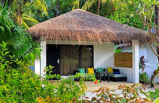 Deluxe Bungalow Außenansicht, Velassaru Maldives