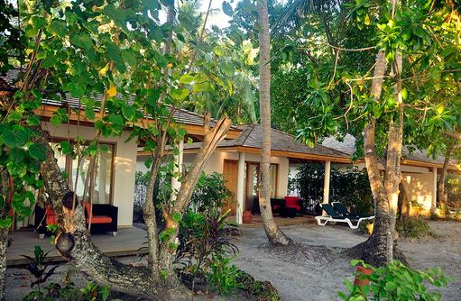 Außenbereich Beach Villa,  Vilamendhoo Island Resort, Maldives