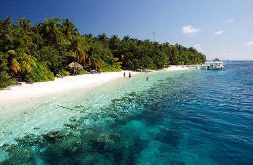 Strandabschnitt,  Vilamendhoo Island Resort, Maldives
